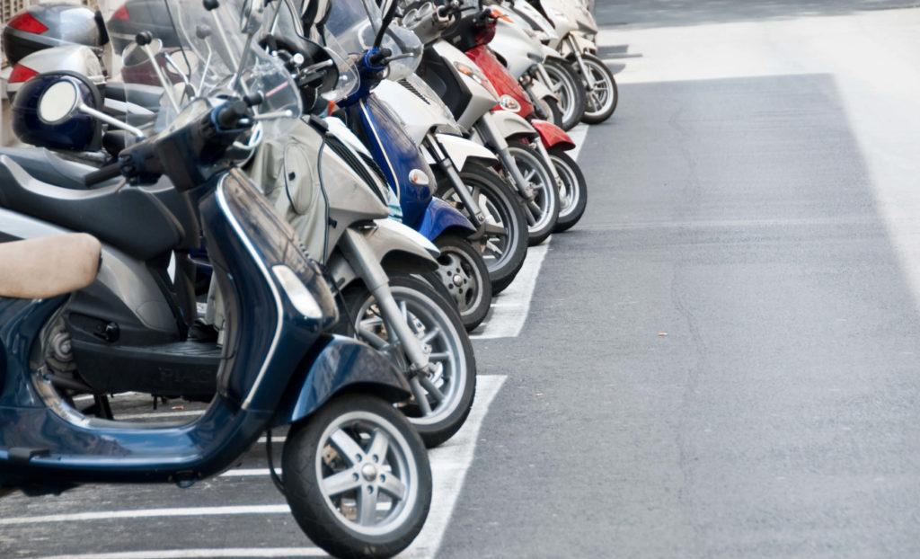 Compre sua moto  em Leilão de Motos com lances a partir de R$200,00.